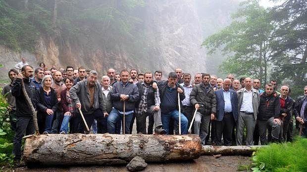 Cerattepe'de Madene Karşı Nöbet Tutanlara 'Kütükle Yol Kesme' Soruşturması