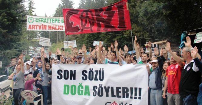 Beşiktaş Çarşı Artvin'de Madene de Karşı