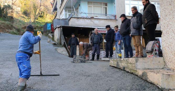 Arhavi Belediyesi Postane Arkasını Betonladı!