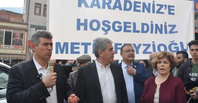 Feyzioğlu ve Batum Artvin'de Esnafı Ziyaret Etti