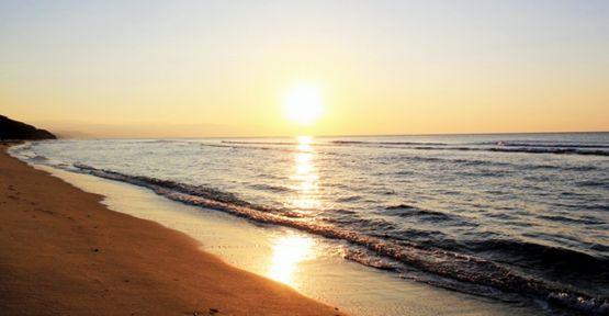 Yaz Aylarında Güneşin Zararlarından Korunun