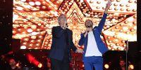 Cengiz Kurtoğlu Seslendirdiği Şarkılarla Geceye Damga Vurdu